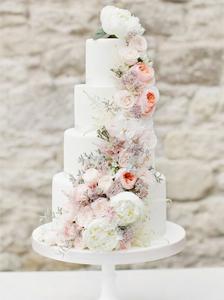 Torta,fiori,cascata
